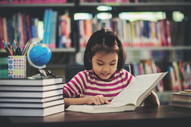 Dia do Bibliotecário – Importância de levar seu pequeno àbiblioteca.